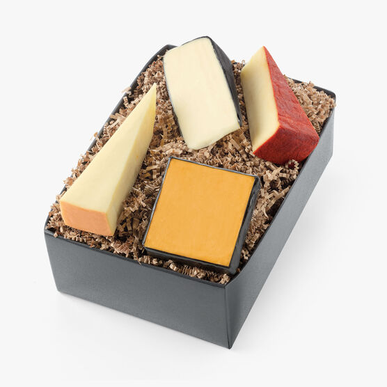 Hickory Farms Reserve Cheese Flight