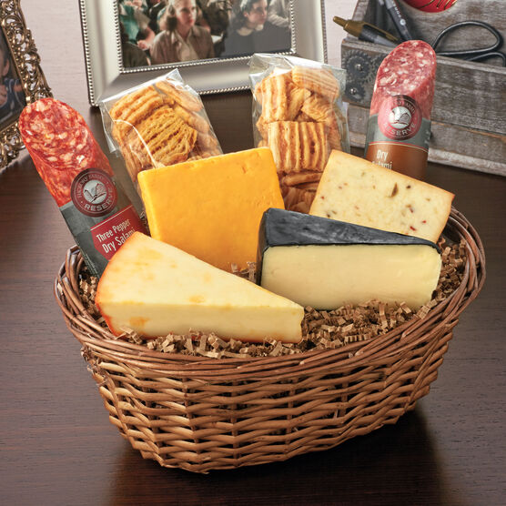 Hickory Farms Reserve Artisinal Salami & Cheese Basket