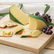 Hickory Farms 100% Natural Gouda Cheese