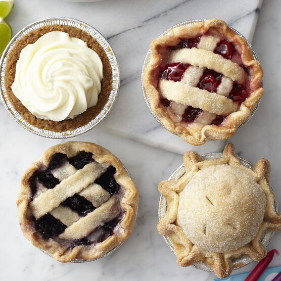 Mini pies in 4 flavors