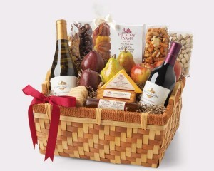 Wine gift baskets from Hickory Farms