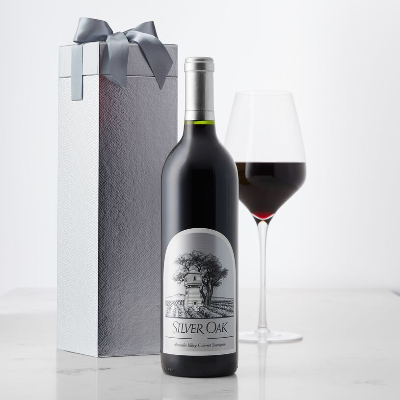 This beautiful garnet-colored Sonoma County wine has an alluring nose of chocolate-covered strawberries, vanilla, nutmeg, truffle, and sage.