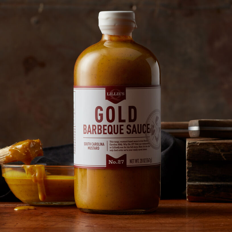 This South Carolina-style sauce expertly crafted by barbeque masters Lillie's Q has a tangy mustard-base and is the perfect complement to lighter meats like chicken and pork.
