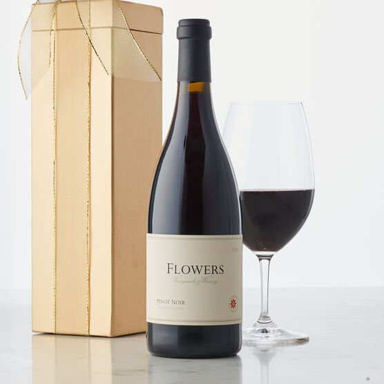 This beautiful ruby-colored wine is made in Sonoma County, California. Aromas of cranberry, deep raspberry and Santa Rosa plum are woven with top-notes of anise and coastal redwood spice.