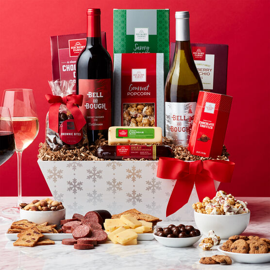 Holly Jolly Holiday Wine Gift Basket Holiday Setting
