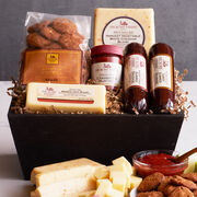 Send a thoughtful taste of autumn with this gift basket.