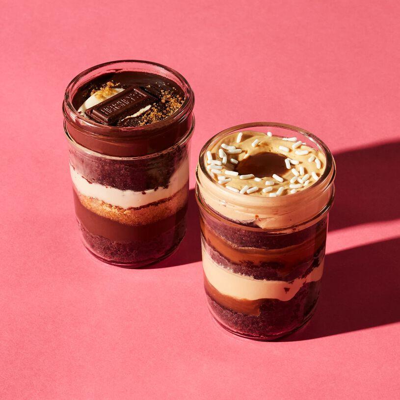 S'more & Chocolate Caramel Cupcake 2-Pack