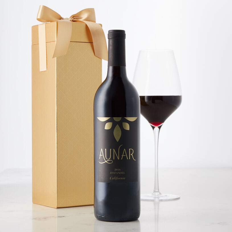 This wine has a complex and layered nose with berries and spice. Notes of plum and raspberry, vanilla, and toasted wood are joined by a hint of black pepper give it a deep flavor.