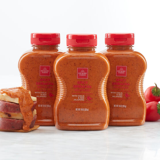 Our Spicy Sriracha Mustard is an expertly crafted blend of tangy mustard and spicy, smoky chilis that's perfect for pairing with your favorite cheeses and sausage for a snack that's anything but boring.