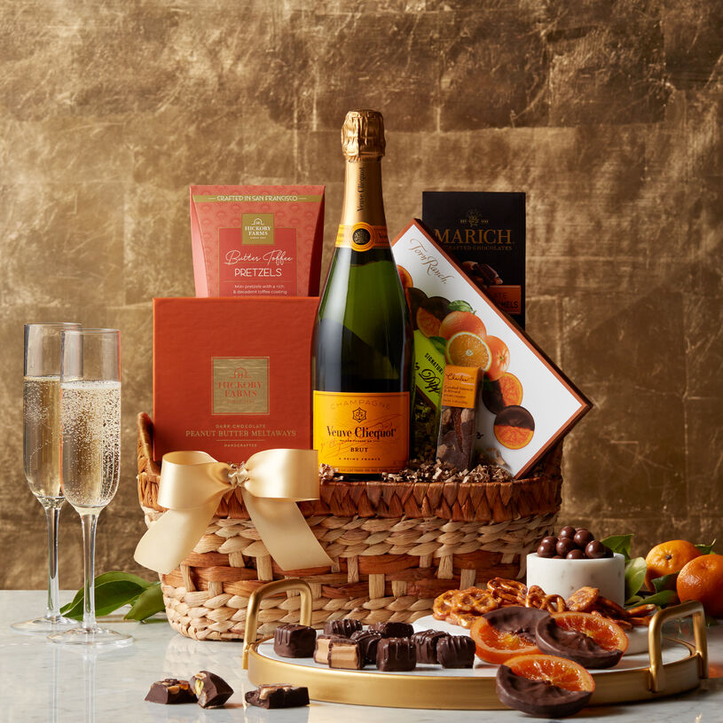 Impress them with a gift that really pops! This champagne gift basket is the perfect way to impress for any occasion, like celebrating a new job, an anniversary, or to show appreciation for a job well done.