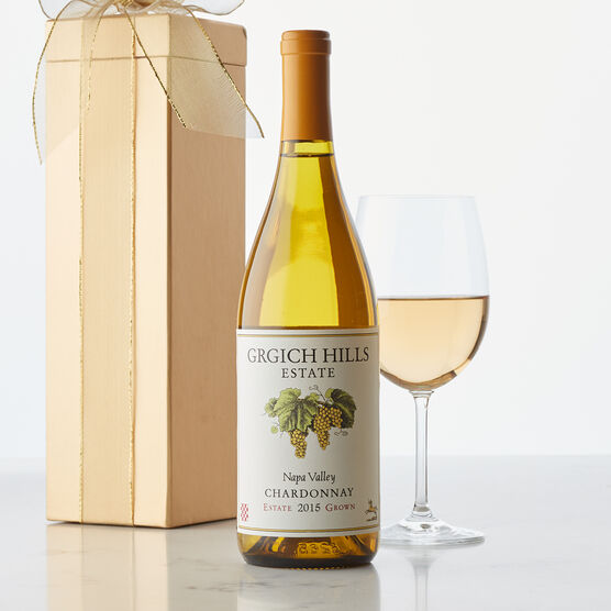 This Napa Valley wine displays ripe peach, mango, and tropical flavors, with a note of minerality.