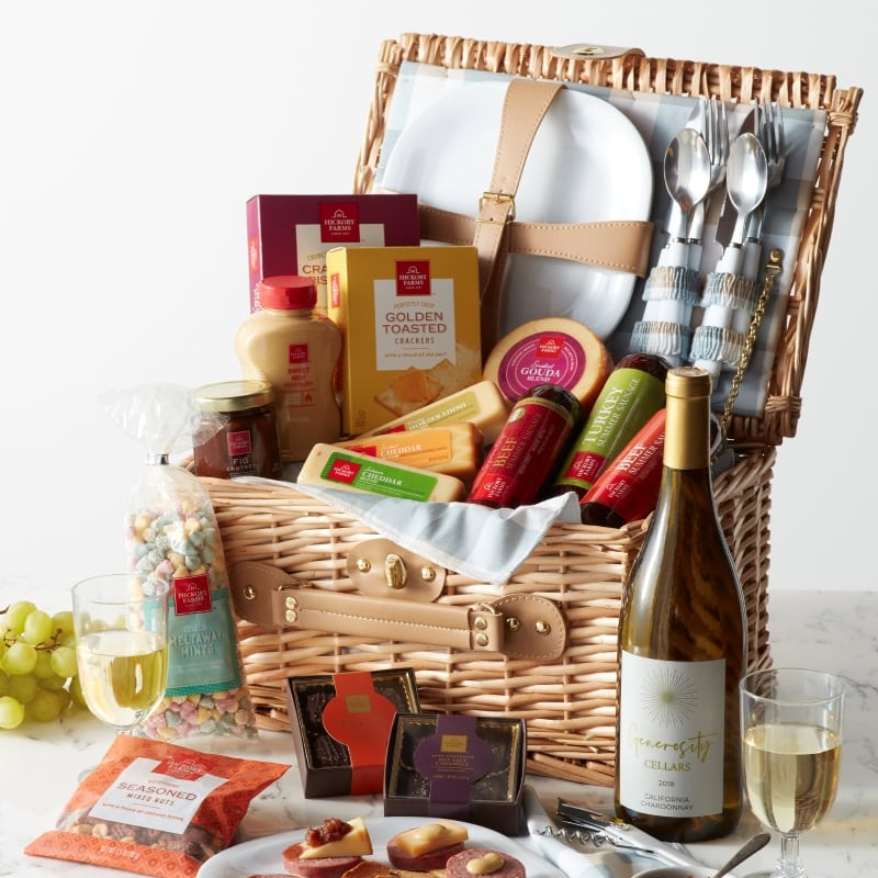 Grand Wine Picnic Gift Basket