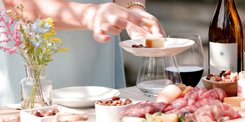 Your Guide to Outdoor Brunch Table