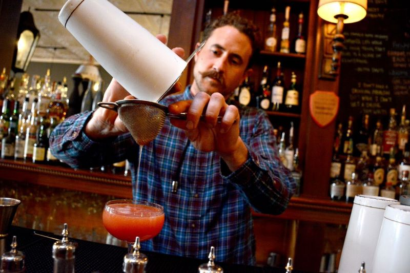 Bartender Mixing A Drink - 8 of California's Most Flavorful Cities