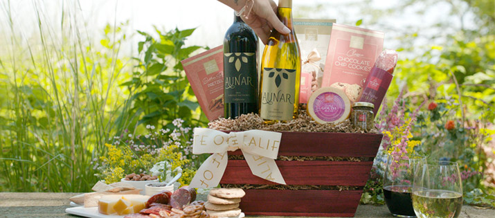 California Getaway Wine Gift Basket