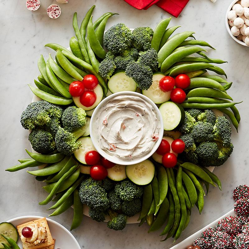 easy holiday recipe - veggie wreath