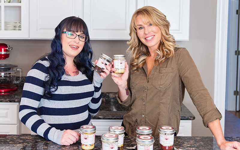 Welcome Wicked Good Cupcakes - Tracey and Dani