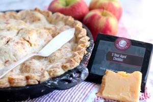 Cheddar Apple Pie 02