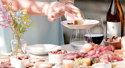 Your Guide to Outdoor Brunch Blog Image