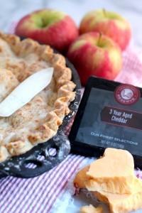 Cheddar Apple Pie 03