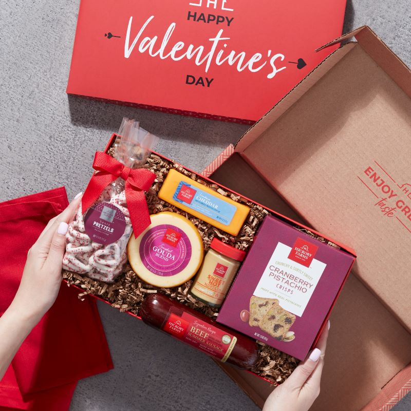 Valentine's Day Heartfelt Treats Gift Box