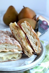 http://blog.hickoryfarms.com/wp-content/uploads/2014/12/Triple-Creme-Pear-Bacon-Grilled-Cheese-01-200x300.jpg