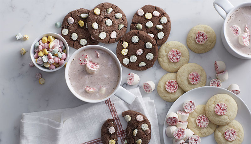 Peppermint Hot Chocolate for Holiday Recipe Guide