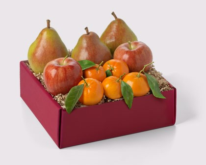 Fresh fruit baskets from Hickory Farms.
